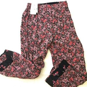 NWT indira reversable pants- floral print